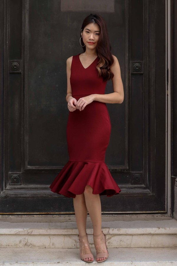 Velly Mermaid Dress in Maroon