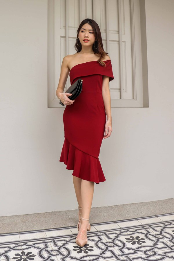 Evelyn Toga Dress V2 in Maroon