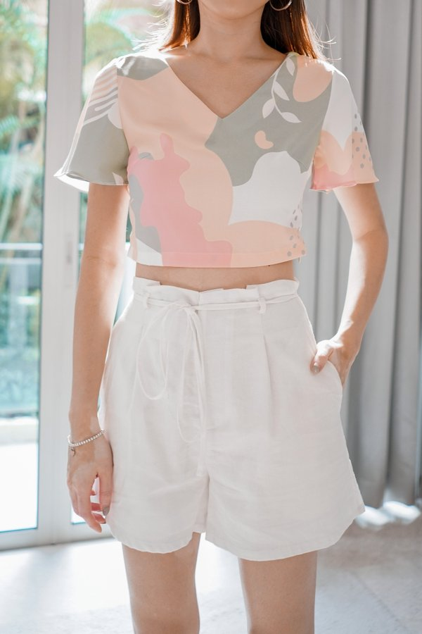 Everyday Paperbag Shorts in White