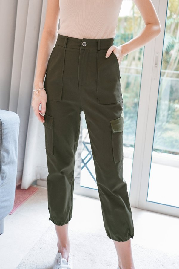 Renna Cargo Pants in Army Green