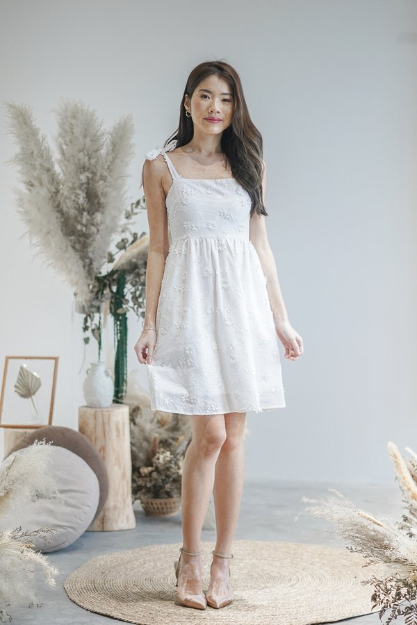 Genesis Embroidery Dress in White